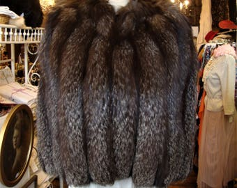1930's Silver Fox Fur Cape * Old Hollywood Glam * Size Small