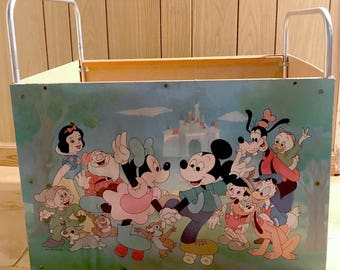 Very Rare HTF Disney Productions 1950's Mickey Mouse & Friends TOY BOX Cart- Litho Snow White, Seven Dwarfs, Goofy, Pinocchio, Chip Dale