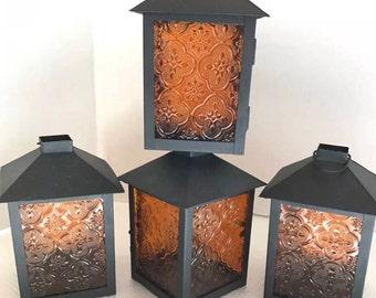 Amber glass tea light candle lantern– Moroccan style