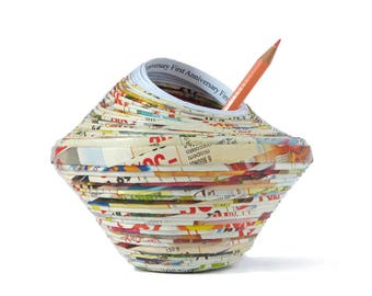 Paper wedding Pen Pot First Anniversary Gift Pencil Holder Home Décor Vase Amphora Art Work Recycled Eco-Friendly