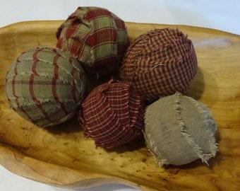 Rag Balls, Primitive Decor, Primitive Rag Balls, Homespun Rag Balls, Red Rag Balls, Country Decor, Set Of Rag Balls, Bowl Filler