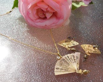 Vintage Chinese Fan Necklace and Earring Set Gold Toned