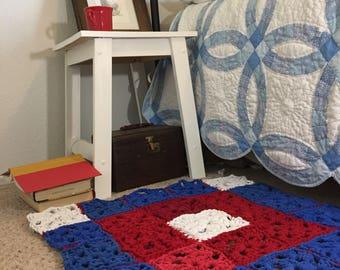 T Shirt Rag Rug, Red white blue Rug, Small floor rug, granny square, Americana Decor, Farmhouse style rug, Square Floor Rug, Rustic Home