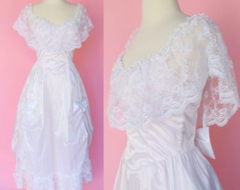 Vintage 80s Wedding Dress // 1980s Retro White Prom Costume Women Size Small