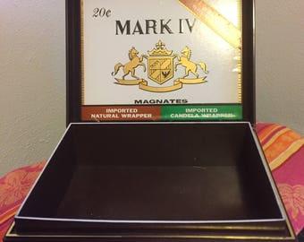 Vintage Tobacciana - Mark IV Magnates hard plastic cigar box