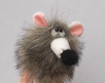 Little grey mouse. Finger theatre. Toy thimble. Penlight theatre. Small toy.