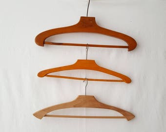 Set of 3 old vintage - ref 12705 wooden hangers