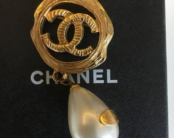Very Rare CC Brooch with Dangling Pearl