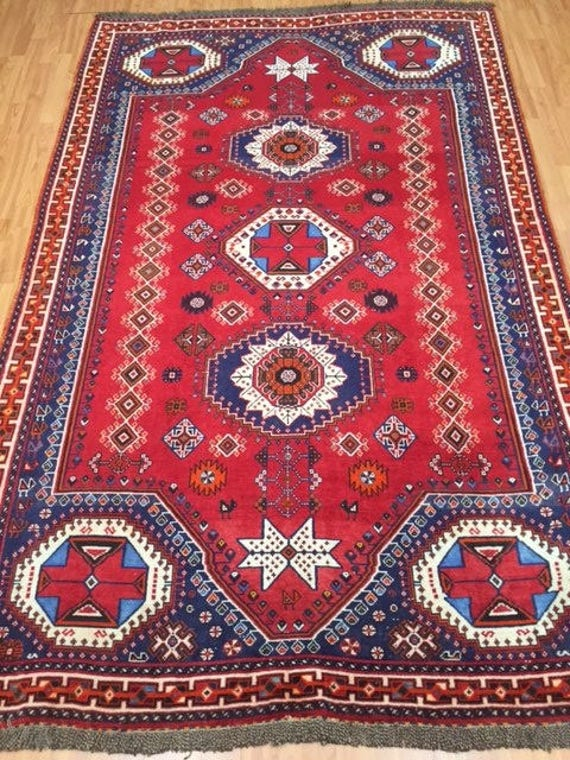 "5'3"" x 8'3"" Persian Shiraz Oriental Rug - Hand Made - 100% Wool Pile"