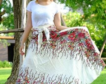 Long skirt Ivy Skirt hippie Skirt flower skirt White