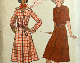 Uncut 1970s Vogue Vintage Sewing Pattern 9125, Size 12; Misses' ShirtDress