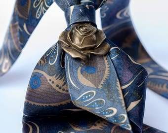 Eyes and Leaves Ladies Neckties, Necklace, Neckwear, Suit Accessories
