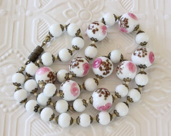 Vintage Venetian Glass Murano Glass Bead Necklace Hand Knotted Milk Glass Beads with Pink Flowers