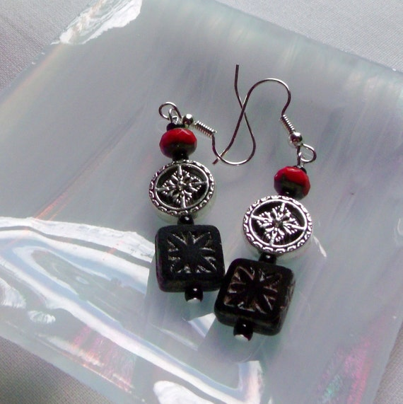 Square black earrings -  tile - silver rounds - ethnic jewelry - star -  red beads - gypsy earrings - Lizporiginals