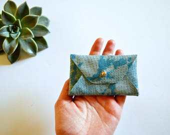 Light blue leather card holder with snake pattern / Light blue envelope card holder / Light blue leather business card case