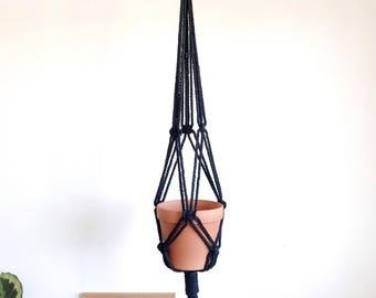 Macrame planthanger , planthanger, black plant hanger, black macrame, bohmeian decor, minimalistic macrame, modern macrame.
