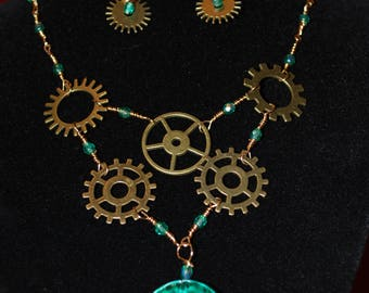 Steampunk Style Crystals, gears and ceramic 2 pieces set