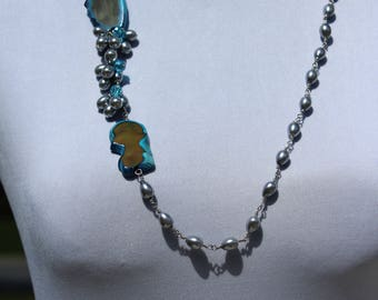 Wire Wrapped Pewter Glass Pearl Necklace with Agate Stone Accent