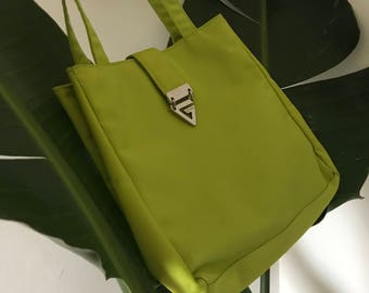 Lime Guess Shoulder Bag