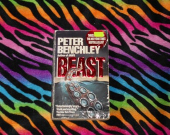 Beast by Peter Benchley (1992, Fawcett Crest Paperback Book) ~ Author of Jaws