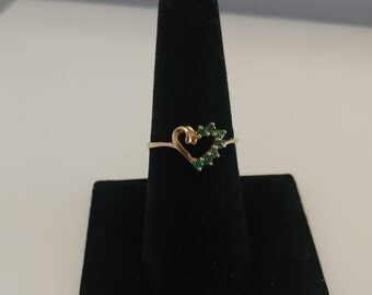 10k Emerald Heart Ring