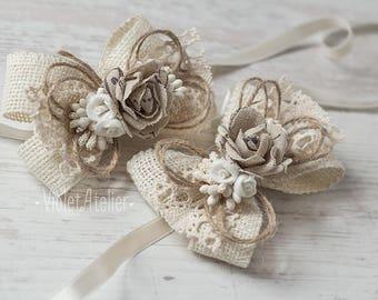 2 Bridesmaids Wrist Corsages, Rustic Burlap Flower Corsages, Mother of the Bride, Mother of the Groom, Braidsmaids Bracelets, Ivory Corsages