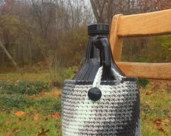 Crocheted Beer Growler Cover/Cozy -- Art Deco Gray