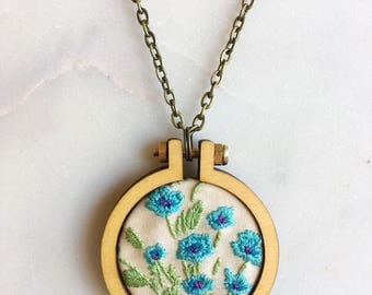 Blue Flower Embroidery Hoop Necklace, Embroidered Necklace, Flower Pendant, gift for her, embroidered jewellery, embroidered necklace