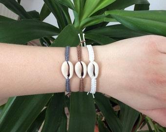 Shell bracelet makramee