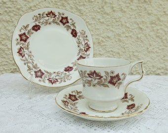 Vintage Shabby Chic China Tea Set by Royal Imperial - Tea for Two - 7 Pieces