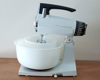Vintage Sunbeam Mixmaster with Milk Glass Bowls~ 12 Speed White Sunbeam Mixmaster