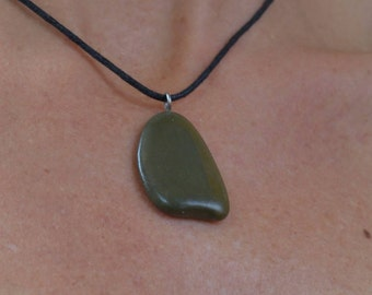 Natural stone pendant necklace handcrafted 5717-10
