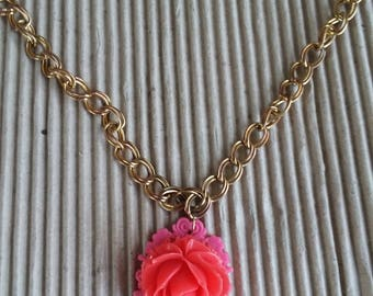 Lovely Necklace With Floral Pendant Vintage