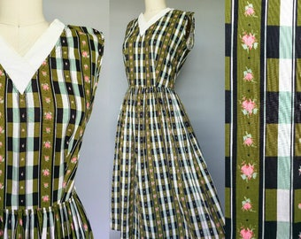 green thumb / 1950s green floral plaid cotton day dress / 10 12 medium