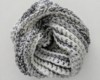 Chunky crochet infinity scarf, crochet scarf, infinity scarf, wool scarf