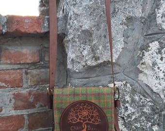 Tartan Bags. Bag of Scottish fabric with leather details