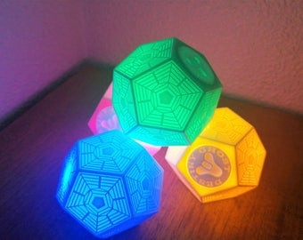 Engram Pack 4 units. Engram Destiny Ghost with light. White on day-colored at nigth.