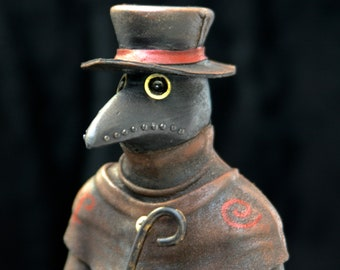"""Plague doctor"" figurine / plague/Statue/Black Plague doctor Death doctor / Steampunk figurine."