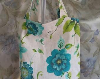 Summer Tote , handbag,floral pattern,handmade , gift bag one of a kind. gift, cloth handbag, washable tote, inside  sleeve.