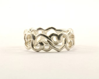 Vintage Heart Shape Cutout Band Ring 925 Sterling RG 2716