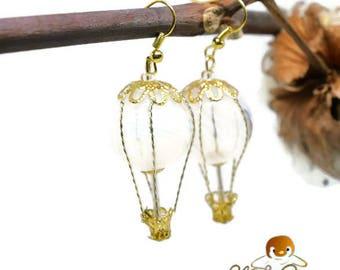 Hot air balloon earrings journey white and gold