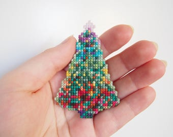 Christmas Tree Cross Stitch Brooch/Ornament