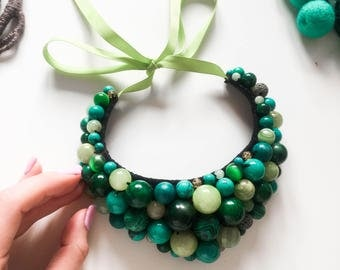 Green necklace, natural stone, natural stones necklace, green bib necklace, emerald green necklace, women's green necklace, women's jewelry