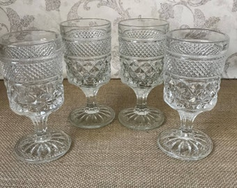 """Set of 4 Wine Glasses 5 oz - Wexford Clear Claret Wine Glasses - 5 3/8"""" - Anchor Hocking Glass - Drinking Glasses - Vintage Clear Glass"""