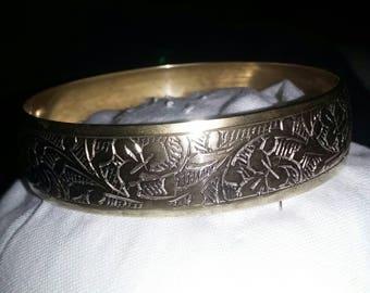 Brass etched vintage bangle