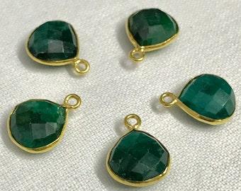 5 Pcs New Sale Green Sapphire Gold Plated Heart Shape Handmade Connector, 10 mm, Faceted Bezel, Stone Bezel, Single loop Connector Bezel