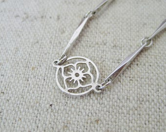 Avon Silver Flower Necklace, Vintage Necklace, Avon Jewelry, Dainty Delicate, Long Layering Necklace, Spring Wedding, Floral Nature Jewelry