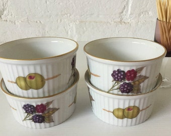 4 Royal Worcester Evesham ramekins Vintage ovenware Porcelain Vintage table