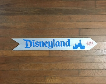 Disney World Sign, Disneyland sign, Destination sign, Custom Directional sign, Vacation sign, personalized mileage