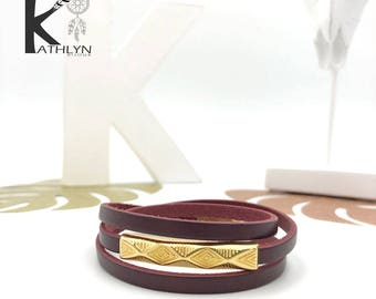 Bracelet three rows ethnic boho Burgundy leather and gold metal